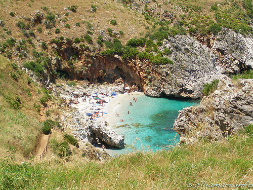 Riserva dello Zingaro: chegando na primeira praia
