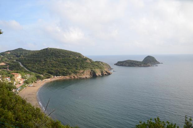 A praia de Cala dell'Innamorata na Ilha de Elba