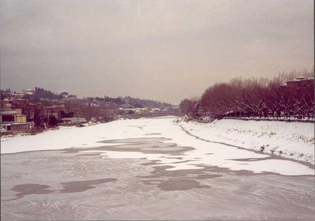 Firenze 1985: quando o Arno congelou e a temperatura chegou a -23ºC