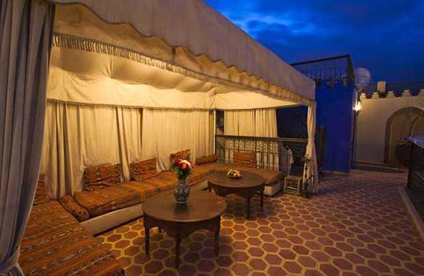 No Riad Lakhdar até um chazinho de menta (grátis) se torna a bebida mais romântica do mundo