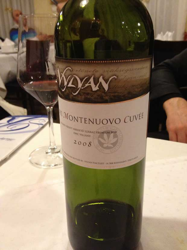 Um vinho local delicioso para acompanhar o chateaubriand