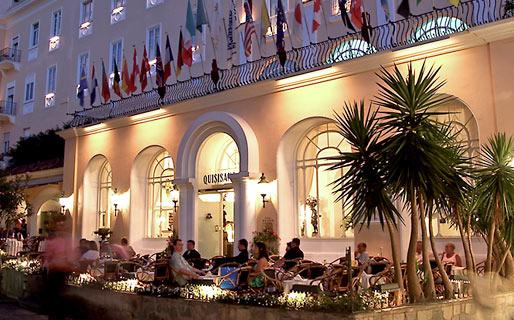 Fachada do Grand Hotel Quisisana, em Capri