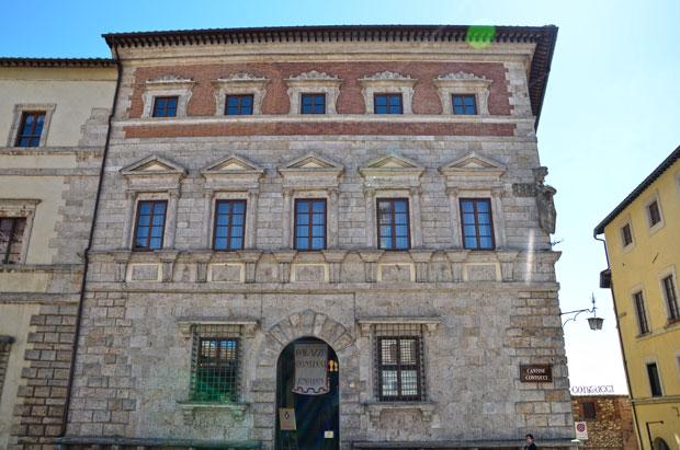 fachada do Palazzo Contucci