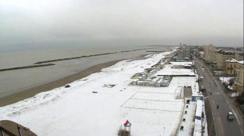 imagens da webcam com vista para o mar de Viserbella, em Rimini