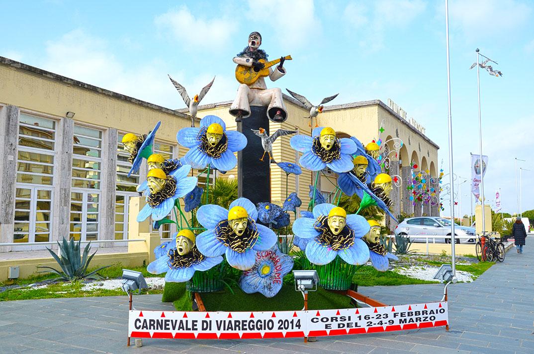 2014_carnaval_de_viareggio_001
