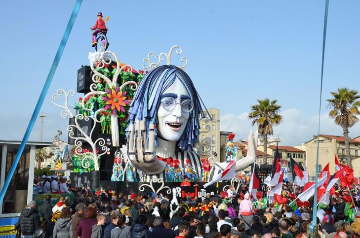 2014_carnaval_de_viareggio_008