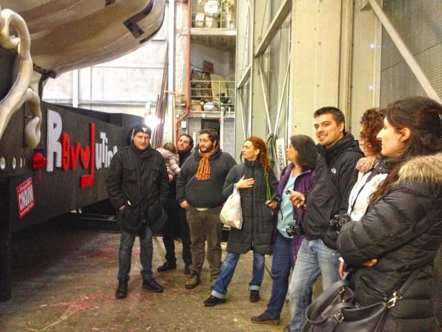Nosso grupo dentro do hangar dos Irmãos Cinquini