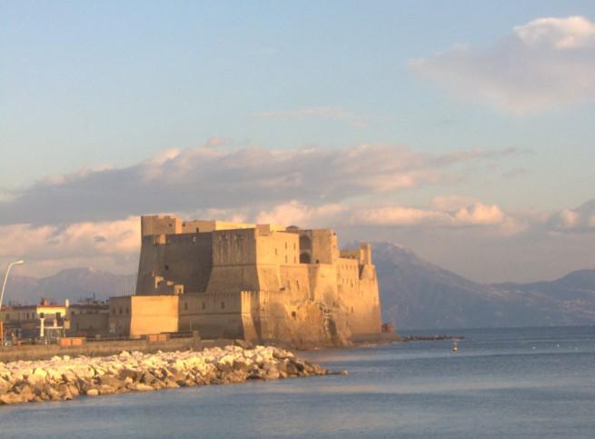 E se sobrar pique: que tal uma visitinha até Nápoles?