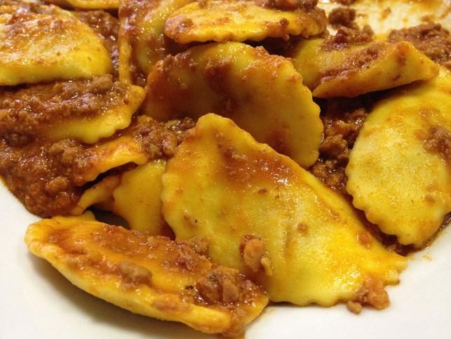 """O """"tordelli"""" recheado de carne: um prato típico de Viareggio"""