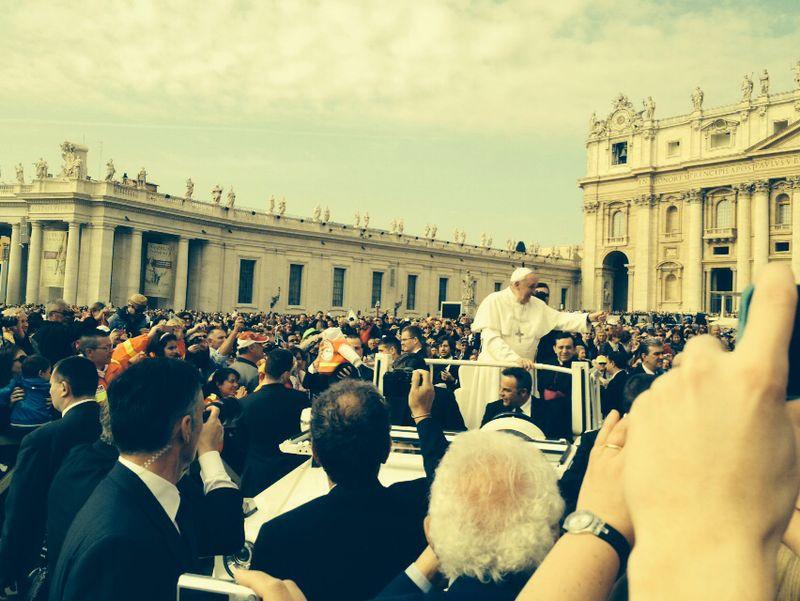 A benção do Papa Francisco dia 02/04/2014