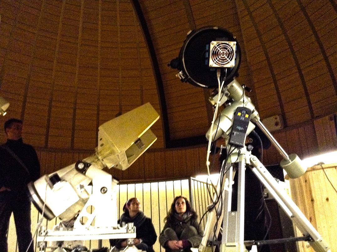 A cúpula de 7 metros onde se encontram os telescópios