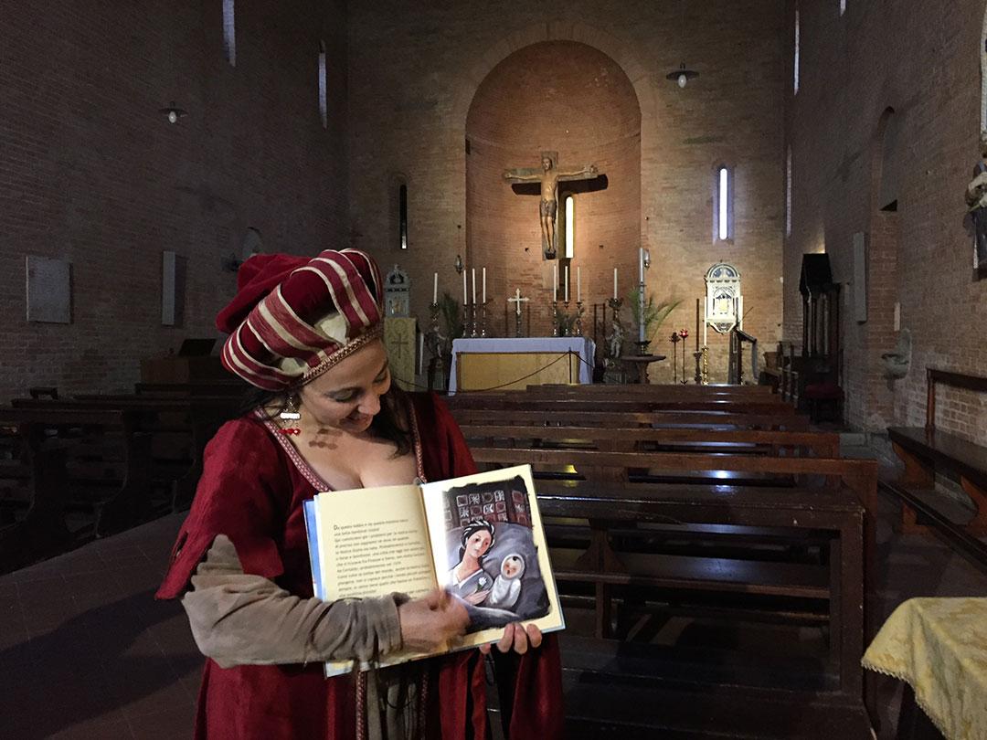 """Sabrina Taddei, da associação """"ipotesi Teatrale"""" nos contou a história da Beata Giulia..."""