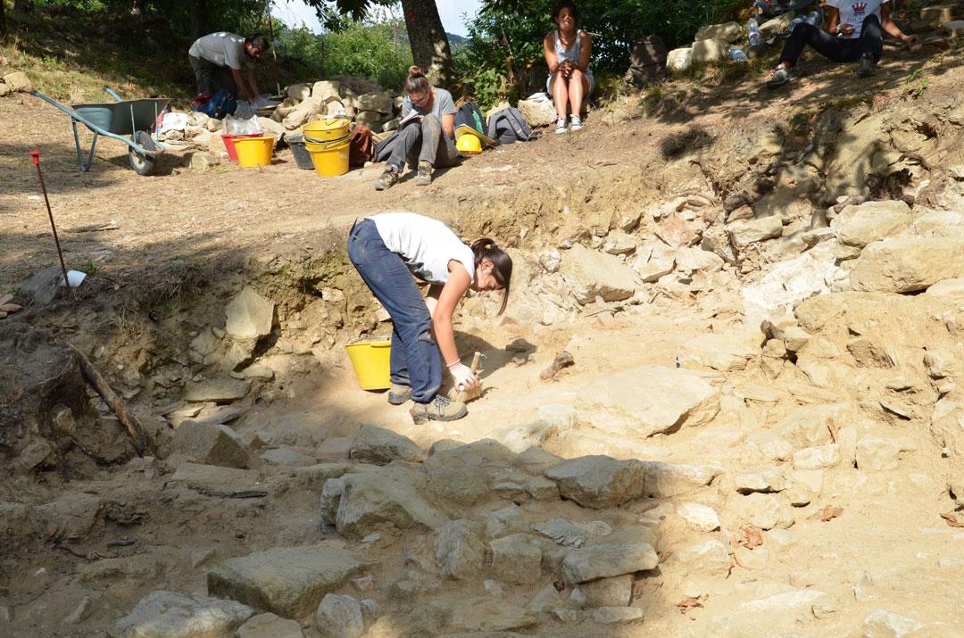 arqueologos_trabalhando