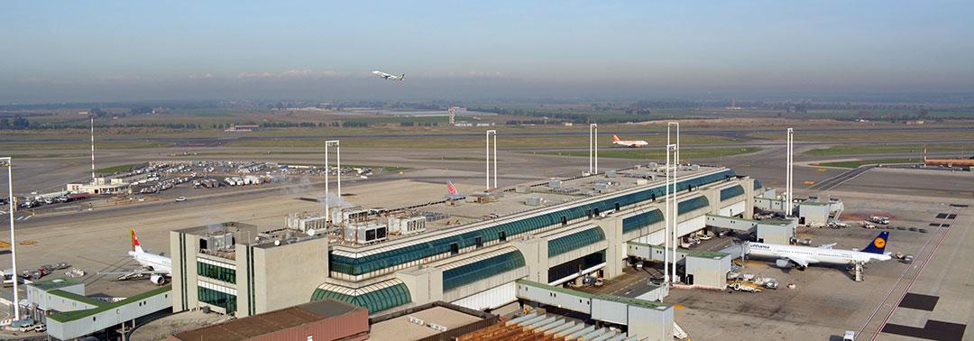 Aeroporto Italia : Aeroporto de roma leonardo da vinci mais conhecido como